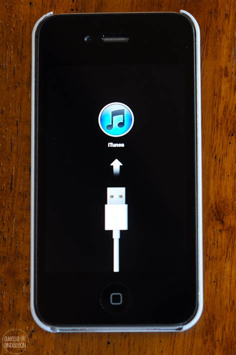 how i fixed my frozen iphone 4s display stuck with usb