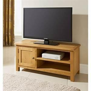 Table Tv But : b m wiltshire wide tv table 319209 b m ~ Teatrodelosmanantiales.com Idées de Décoration