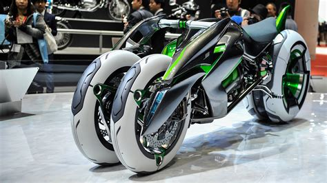 Futuristic Motorcyle : Kawasaki Built A Time Machine And Stole A Bike From The