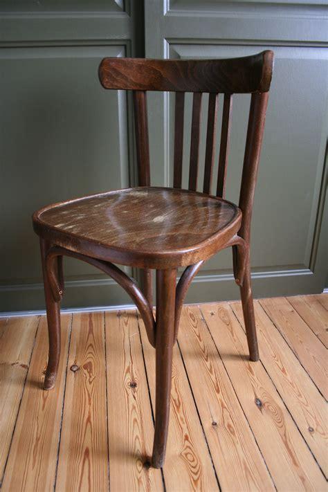 siege social castorama chaise bistrot en bois 28 images metro fr chaise