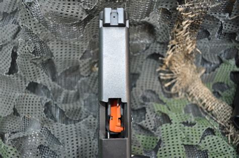Glock Floor Plate Magpul by On The Range With Magpul S New Glock Pmag Gat Daily