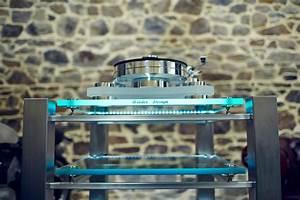 Meuble Tv Haut De Gamme Design : hifi haut de gamme design ~ Teatrodelosmanantiales.com Idées de Décoration