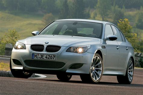 2005  2010 Bmw E60 M5  Images, Specifications And