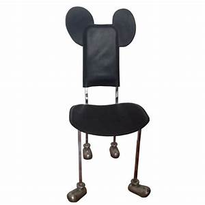 Chaise Quotgarririsquot Mickey Mouse Javier MARISCAL 1988