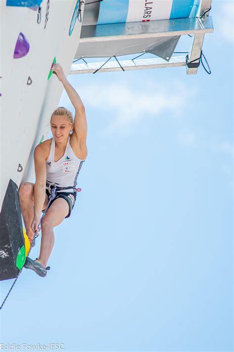 Janja Garnbret, the video of her chalkless climb at Villars
