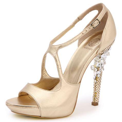 wedding shoes designer choosing quality with bridal shoes designer style