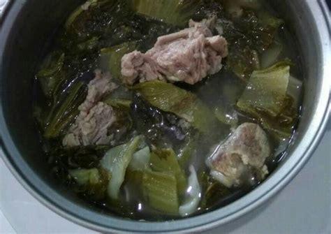 Panaskan margarin, tumis bawang putih sampai harum dan kekuningan. Resep Bakut babi sayur asin ala rumahan non halal oleh Nita Chan - Cookpad