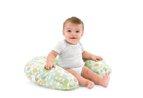 posizioni cuscino allattamento il cuscino per allattamento boppy periodofertile it