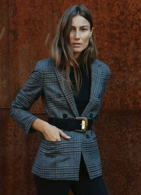 waist belt top  main winter fashion trends outfit