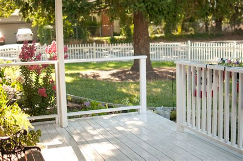 Our White Picket Fence {complete!}