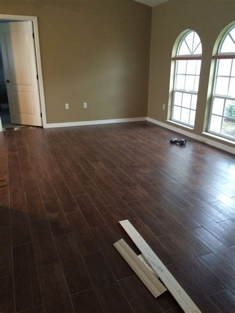 tile that looks like hardwood ceramics and tile on