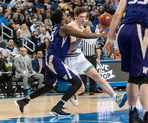 Men's basketball needs to fill in void left by T.J. Leaf's ...