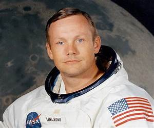 Neil Armstrong Biography - Childhood, Life Achievements ...