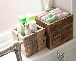 Meuble en palette 34 idees fraiches de diy deco naturelle for Salle de bain design avec boites à archives décoratives