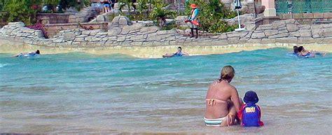 Kleines Bad Wuhlheide kleine schwimmhalle wuhlheide badeanstalt