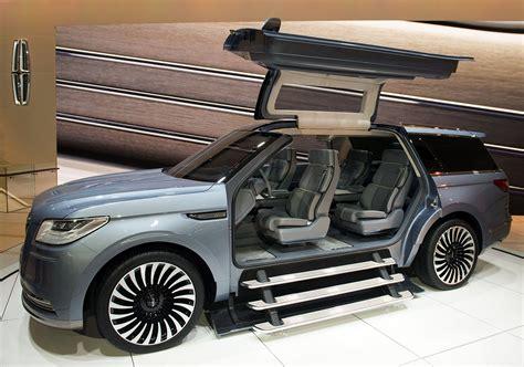 Hot New Cars, Suvs At Detroit Auto Show