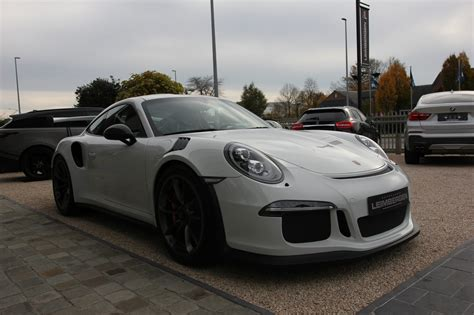 The rear wing, for instance, provided a load of 220 kg. Porsche 911 (Type 991) GT3 RS - SLECHTS 7.450 KM - Belgisch voertuig - 1 Ste eigenaar ...