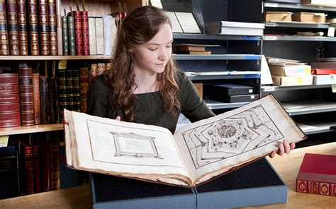 rhiannon knol 5 minutes with a renaissance book of imaginary cities