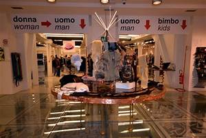 Beautiful Outlet Milano Centro Gallery - dairiakymber.com ...