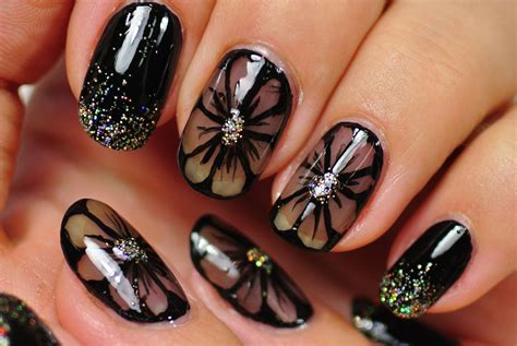 Nail Art : Let The Talons Talk... The Best Nail Art Studios/ Nail