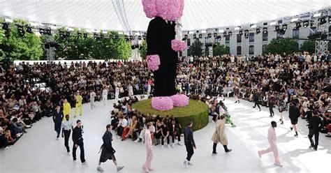 milano al  la settimana della moda uomo parigi