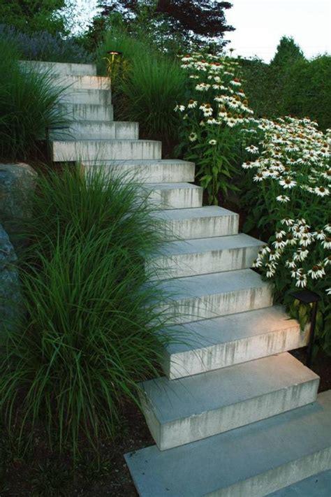 comment avoir un joli jardin en pente jolies id 233 es en photos et conseils pour l am 233 nagement