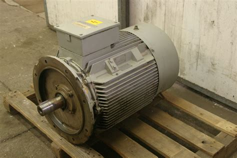 Electric Motors For Sale by Electric Motors Siemens 1la6 223 2ab91z 225m Electric
