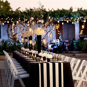Red and white wedding reception table decorations car for Black and white wedding ideas reception