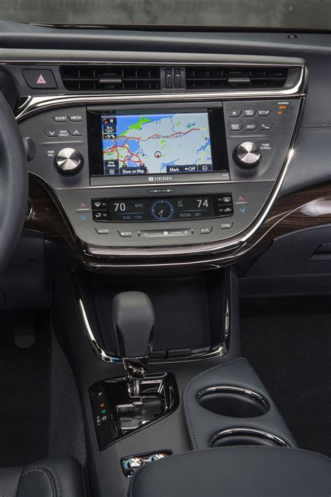 avalon toyota xle touring limited interior center hybrid sport dash console features cartype ltd flagship refining motortrend autoevolution cluster models