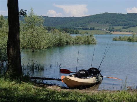 chambres d hotes perpignan et alentours guide de pêche lac de montbel ariège aude carnassiers aux leurres en kayak guide de