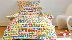 Linge De Lit Enfant : linge de lit enfant pour un sommeil avec style westwing ~ Teatrodelosmanantiales.com Idées de Décoration