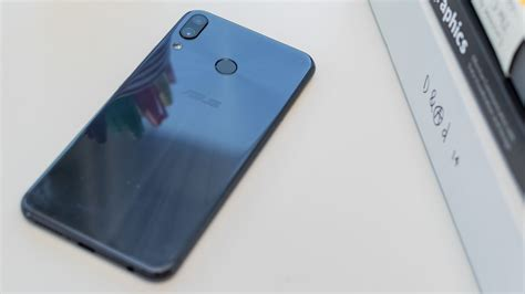 asus zenfone 5 2018 review big screen small price