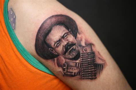 tatuaje realizado en el estudio  gangsters tattoo shop