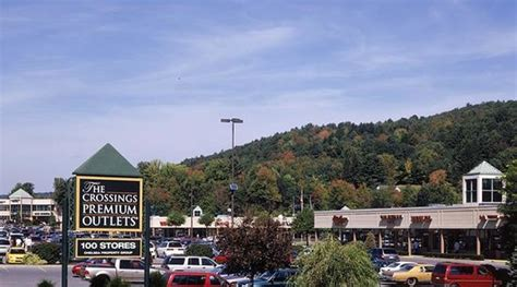 crossings premium outlets tannersville reviews