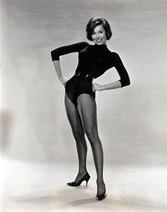 [PHOTOS] Mary Tyler Moore, Dancer | pundit from another planet