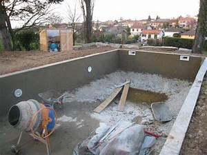 construire une piscine les enduits hydrofuge aux murs With construire sa piscine parpaings