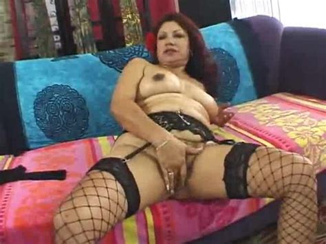 Mature Latina Plugged In Hairy Pussy Latina Porn
