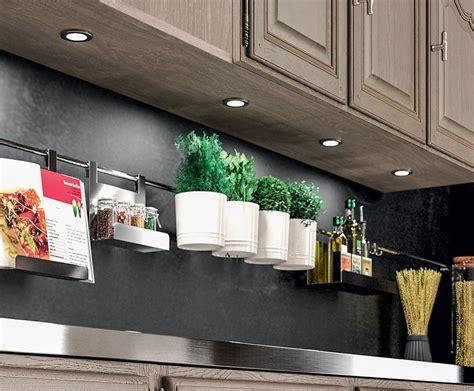 eclairage led cuisine plan travail eclairage plan de travail cuisine led wasuk