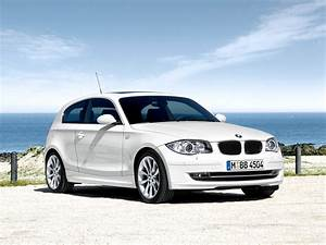 Bmw Serie1 : minimalist car design bmw 1 series 3 door wallpaper ~ Gottalentnigeria.com Avis de Voitures
