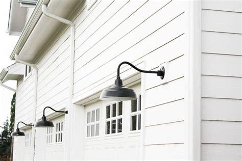 modern farmhouse exterior lighting bhg style spotters