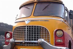 Estimer Son Véhicule : r novation d 39 un v hicule de cirque de 1957 par la carrosserie hangard ~ Medecine-chirurgie-esthetiques.com Avis de Voitures