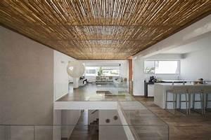Villa Bord De Mer De Design Moderne En Blanc Et Bois