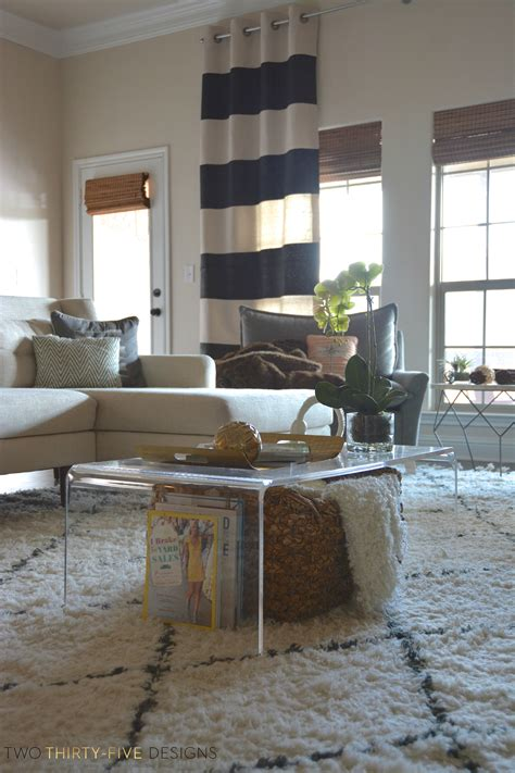 lucite coffee table styling    designs