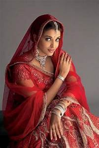 Images Of Aishwarya Rai Wedding Dress Golfclub