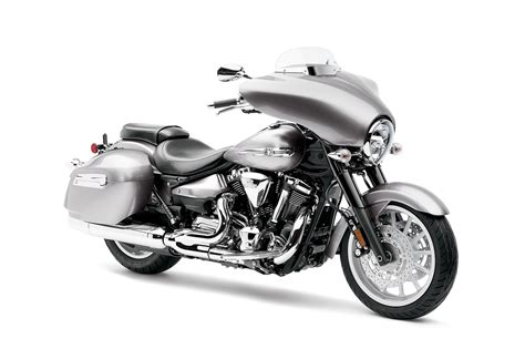 2012 Yamaha Stratoliner Deluxe Review