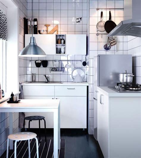 modeles de petites cuisines 12 modèles de cuisine côté maison
