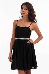 robe noire a bretelles les tendances de la mode With robe noire bretelles