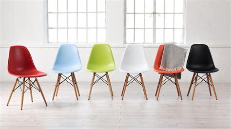 Cadeiras Coloridas para Quem Gosta de Ousar na Decor