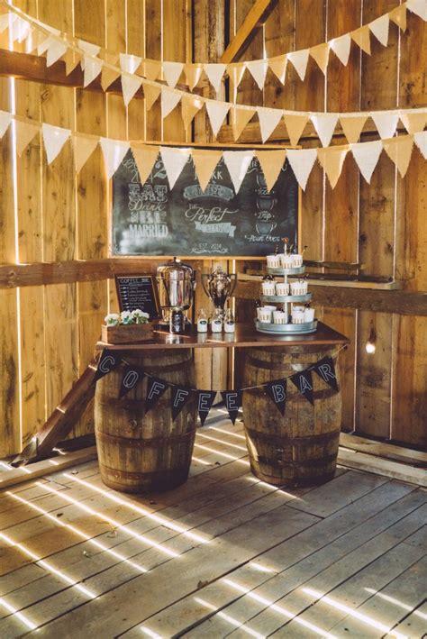 rustic wedding bar ideas    diy