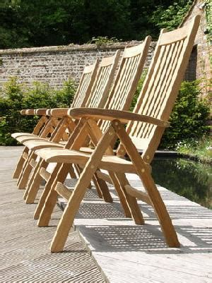 curve dorset reclining chair position